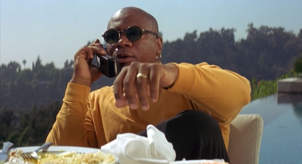 pulp-fiction-1994-006-ving-rhames-telephone